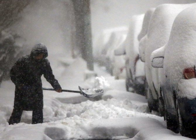 India News - Latest World & Political News - Current News Headlines in India - Deadly blizzard hits US east coast, 9 killed