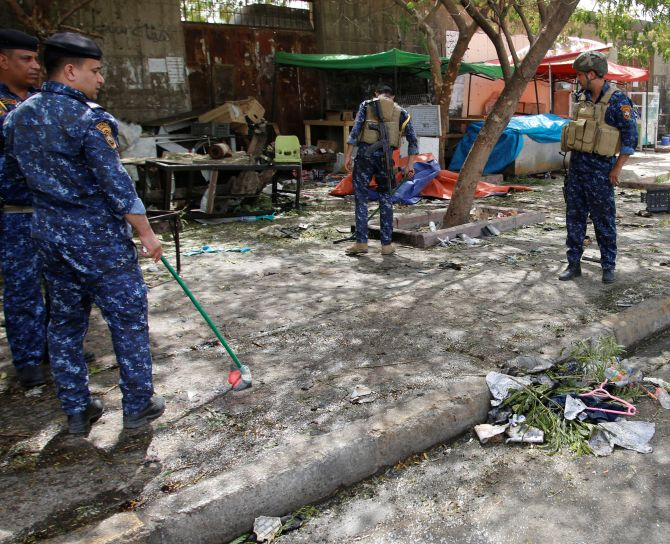 India News - Latest World & Political News - Current News Headlines in India - Suicide attack on security checkpoint in northern Baghdad claims 15 lives