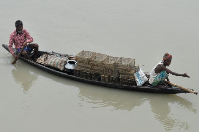 India News - Latest World & Political News - Current News Headlines in India - Assam submerged: 12.5 lakh face floods across 18 districts