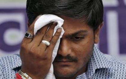 India News - Latest World & Political News - Current News Headlines in India - Quota stir leader Hardik Patel fears being killed in fake encounter