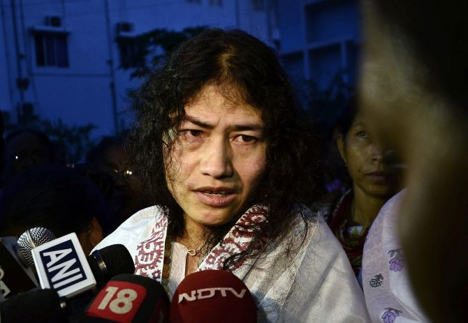 India News - Latest World & Political News - Current News Headlines in India - 'Iron lady' Sharmila to end fast, fight Manipur polls