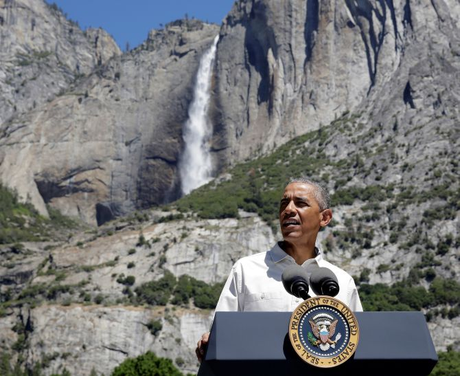 India News - Latest World & Political News - Current News Headlines in India - PHOTOS: Obamas take a long hike at Yosemite National Park