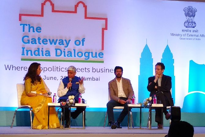 Shobhaa De, Vikas Swarup, Kabir Khan and Hugo Weihe at the event