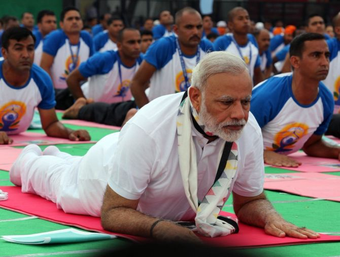 India News - Latest World & Political News - Current News Headlines in India - PHOTOS: Welcome to PM Modi's yoga class