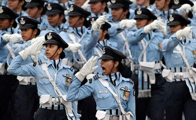 IAF lady officers make a mark at the Republic Day parade, January 26, 2016
