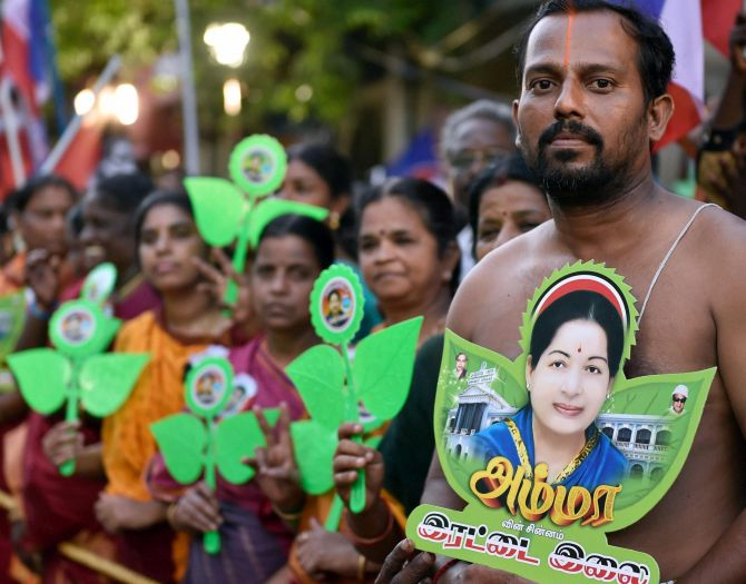 India News - Latest World & Political News - Current News Headlines in India - Will re-enact law to prevent NEET: Amma's promise in Tirunelveli