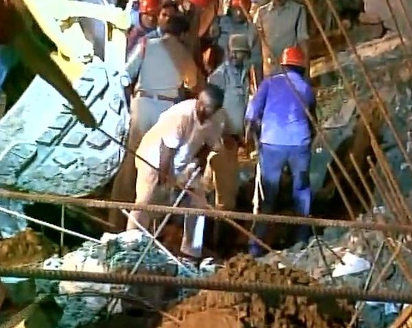 India News - Latest World & Political News - Current News Headlines in India - 7 construction workers killed in wall collapse in Guntur