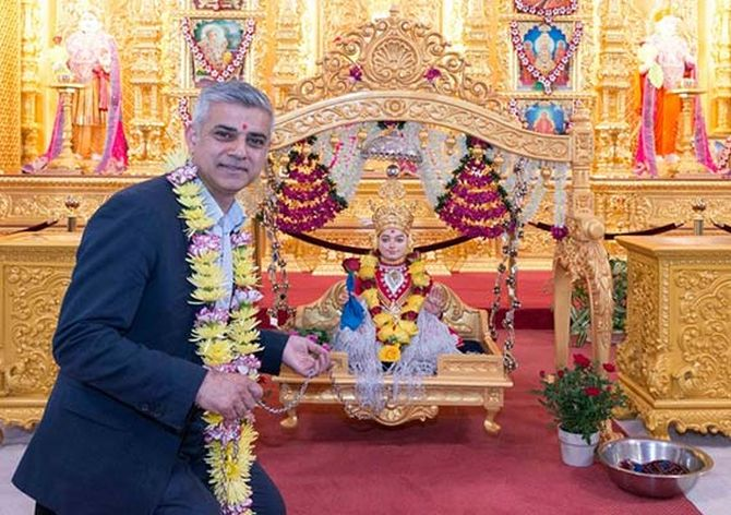 India News - Latest World & Political News - Current News Headlines in India - London mayor Sadiq Khan's Hindu temple visit a hit online