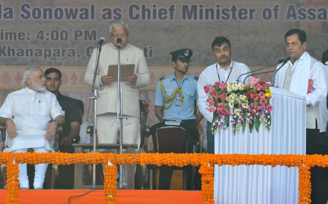 India News - Latest World & Political News - Current News Headlines in India - BJP's show of strength at Sonowal's swearing-in ceremony