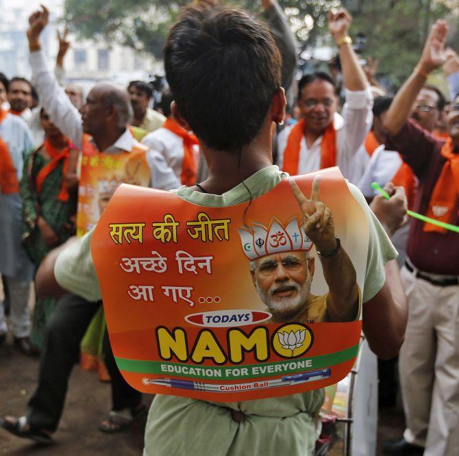 India News - Latest World & Political News - Current News Headlines in India - Modi@2: Janata ki Awaaz