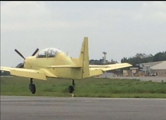 Desi trainer aircraft makes maiden flight