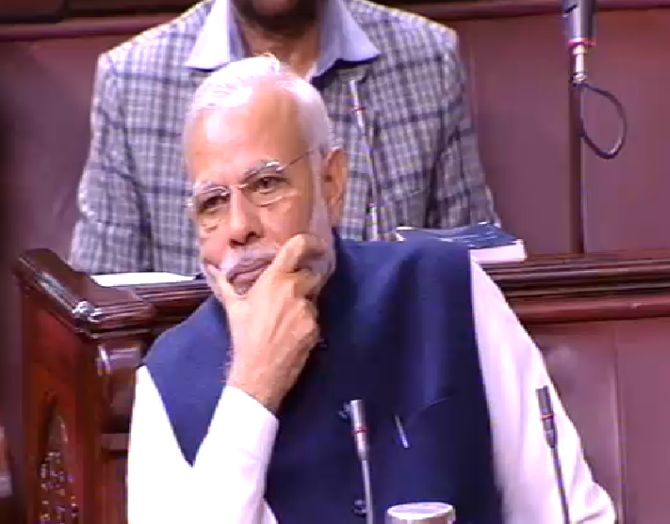 India News - Latest World & Political News - Current News Headlines in India - Little business in House amid slogans of 'Pradhan Mantri maafi maango'