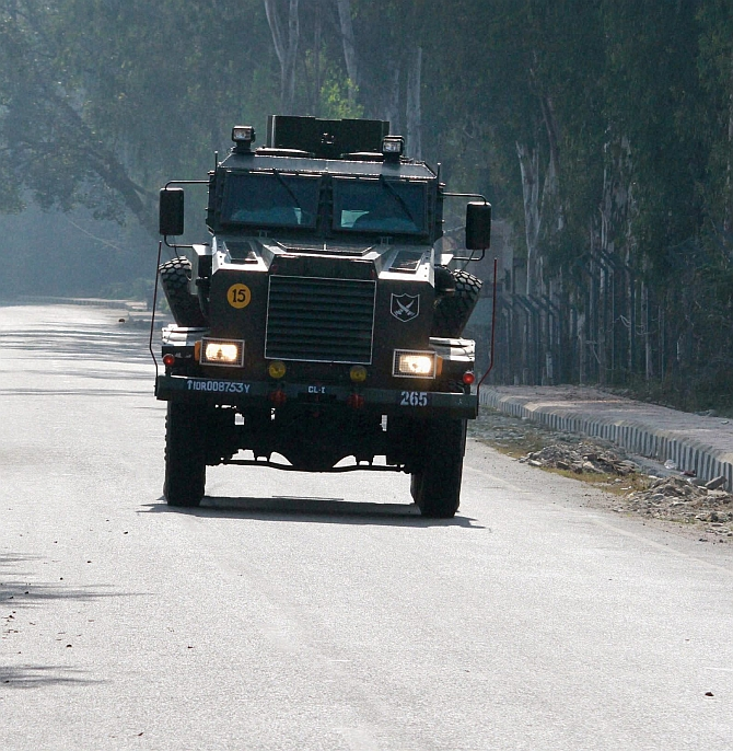 Reinforcements arrive to neutralise the terrorists at the army base in Nagrota. Photograph: PTI