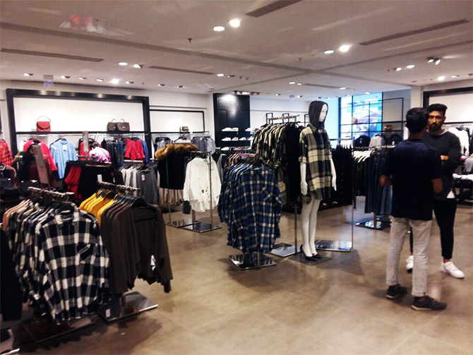 Inside Zara store at palladium mall - credit: Satish Bodas