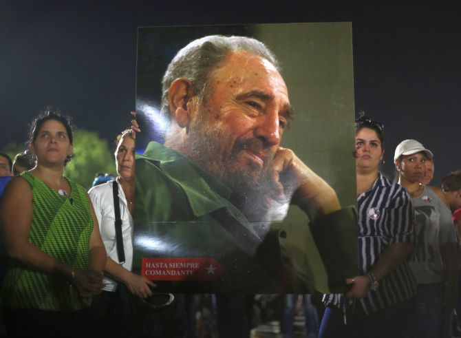 India News - Latest World & Political News - Current News Headlines in India - 'Long live the revolution': Cubans hold mass rally, remember Fidel Castro