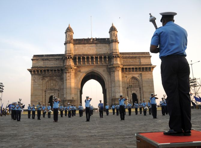 India News - Latest World & Political News - Current News Headlines in India - In Pics: Navy rehearses for Beating Retreat ceremony in Mumbai