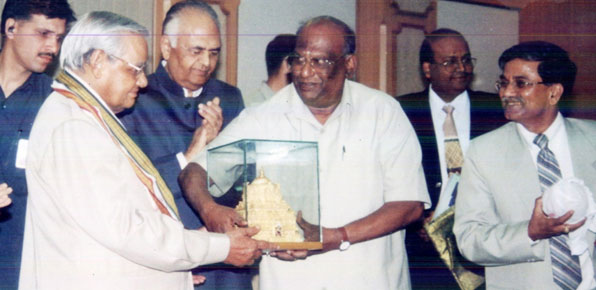 The late D K Adikesavulu -- astute businessman, politician and once president of the Tirupati Tirumala Devasthanam -- with then prime minister Atal Bihari Vajpayee.