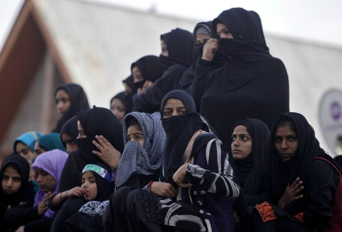 Will Govt pass Triple Talaq Bill in favor of Muslim Women?