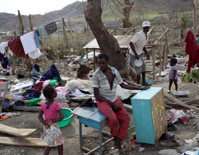 India News - Latest World & Political News - Current News Headlines in India - 400 dead, 300 injured: Haiti faces 'crisis' after deadly hurricane