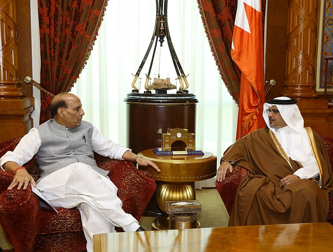 India News - Latest World & Political News - Current News Headlines in India - In Bahrain, Rajnath paints a grim portrait of Pakistan