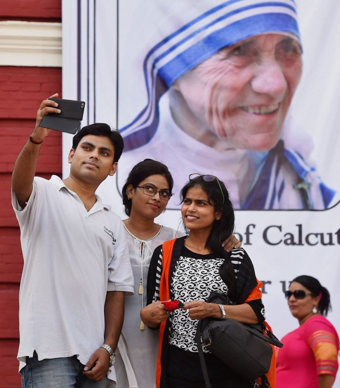 India News - Latest World & Political News - Current News Headlines in India - Selfies, posters and songs: India celebrates Saint Teresa