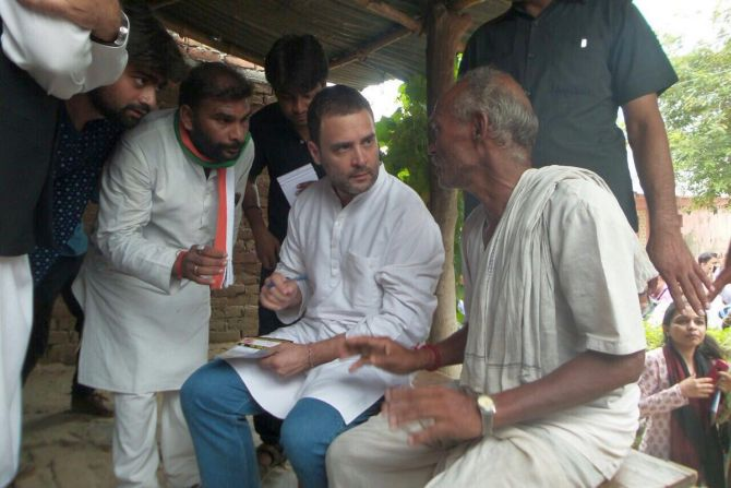 India News - Latest World & Political News - Current News Headlines in India - Rahul Gandhi begins UP campaign with khat sabhas