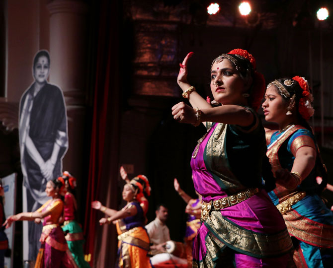 Dancers pay tribute to M S Subbulakshmi