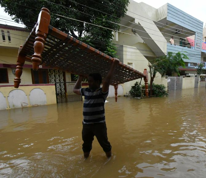 India News - Latest World & Political News - Current News Headlines in India - Andhra Pradesh reels from heavy rains, 7 killed in deluge