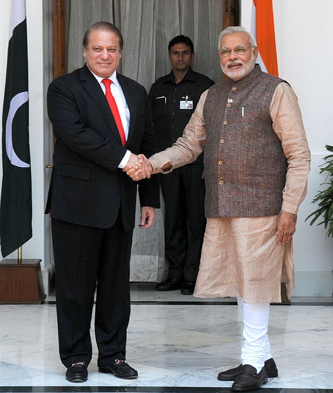 India News - Latest World & Political News - Current News Headlines in India - Modi and Sharif: From gifting shawls to trading barbs