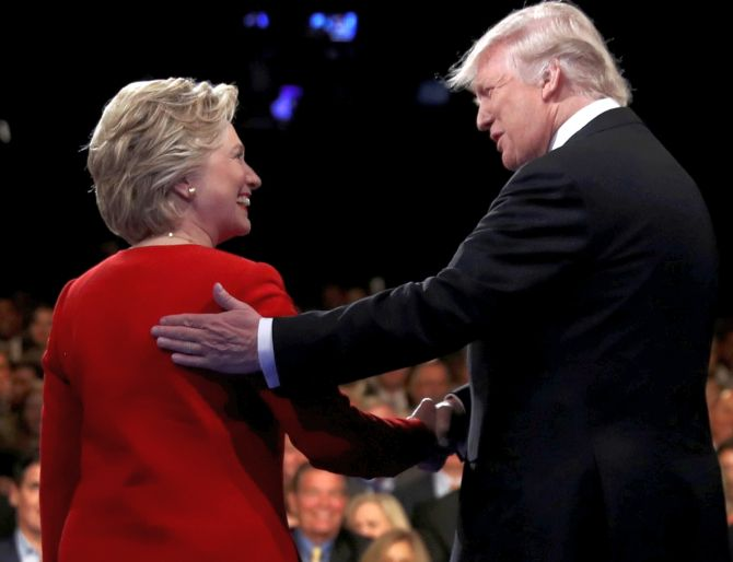 India News - Latest World & Political News - Current News Headlines in India - Clinton's jabs put Trump on the mat in first debate