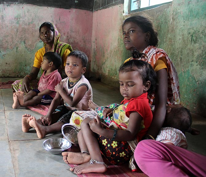 Many mothers who come to the Pimpalwadi anganwadi are themselves underweight and have delivered children every successive years. Lahubhuge educates these mothers about the female reproduction system and how to take care of their infants in the first six months after their birth.