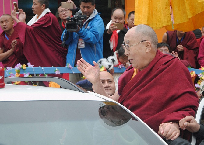 Dalai Lama meeting locals in Bomdila