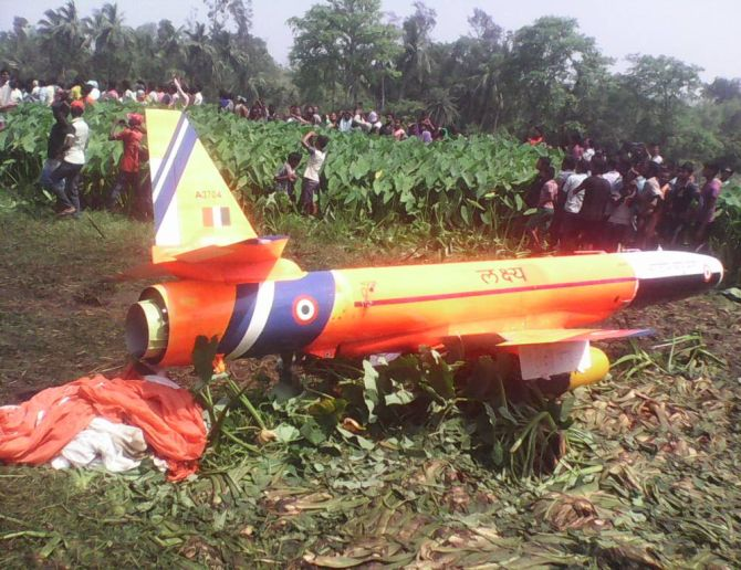 India News - Latest World & Political News - Current News Headlines in India - Unmanned aerial vehicle Lakshya crashes in Odisha