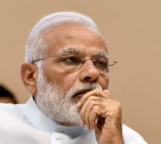 India News - Latest World & Political News - Current News Headlines in India - Why PM Modi has banned mobile phones from his meetings