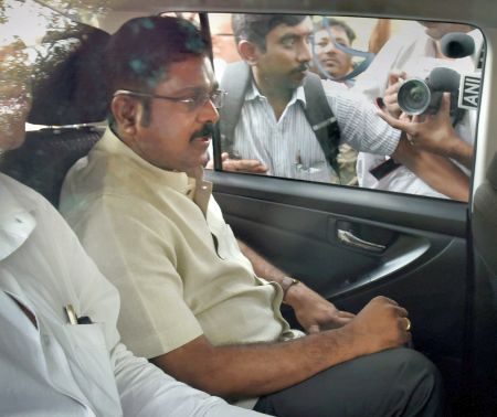 India News - Latest World & Political News - Current News Headlines in India - Dinakaran, aide arrested in EC bribery case
