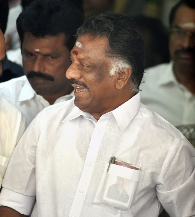 India News - Latest World & Political News - Current News Headlines in India - Good ambience evolving for AIADMK merger talks, says Panneerselvam
