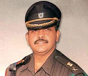 India News - Latest World & Political News - Current News Headlines in India - Malegaon blasts case: Lt Col Purohit gets bail after 9 years