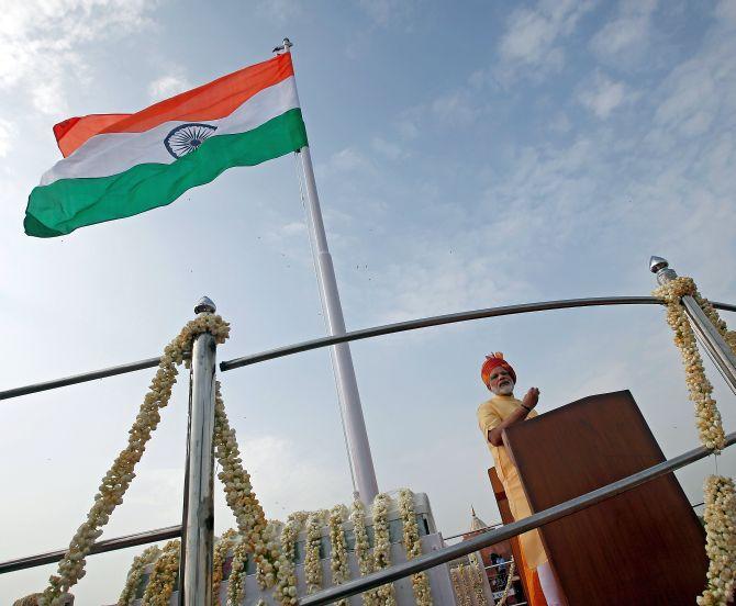 Independence Day speech will sound poll bugle - Rediff com