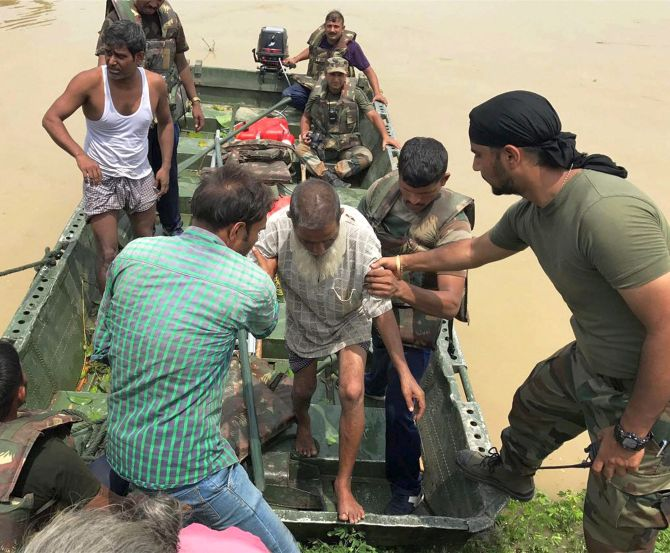 India News - Latest World & Political News - Current News Headlines in India - Death toll in Bihar floods rise to 72, 73.44 lakh people hit