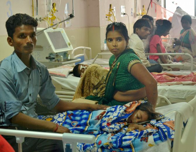 India News - Latest World & Political News - Current News Headlines in India - 5 more deaths at Gorakhpur hospital; toll since Aug 7 reaches 71