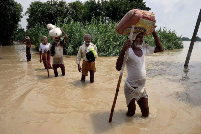 India News - Latest World & Political News - Current News Headlines in India - Floods claim 47 more lives in Bihar, 10 in Assam, 17 in Bengal