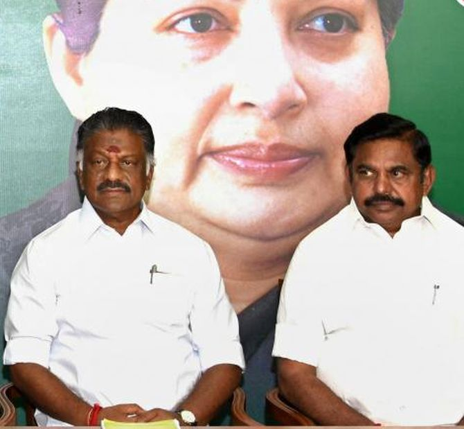 India News - Latest World & Political News - Current News Headlines in India - How AIADMK feud continues to keep DMK confused