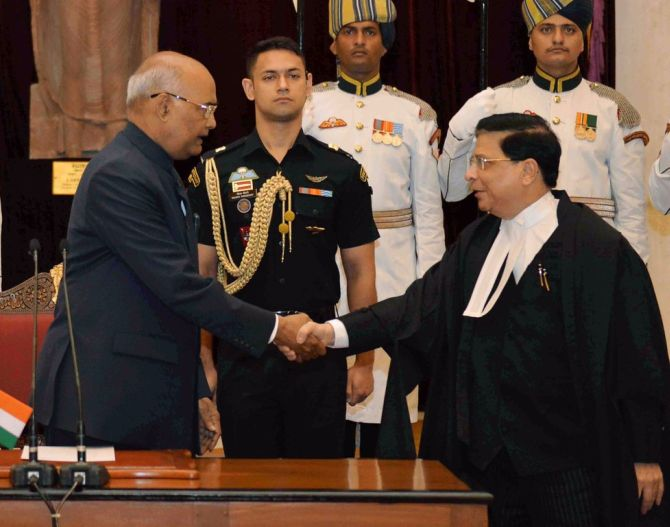 Justice Dipak Misra is sworn in as the 45th Chief Justice of India by President Ram Nath Kovind at Rashtrapati Bhavan, August 28, 2017.  Photograph: @rashtrapatibhvn/Twitter