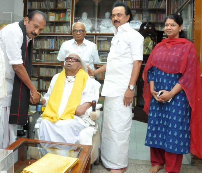 RK Nagar bypoll: Vaiko\'s MDMK to support DMK