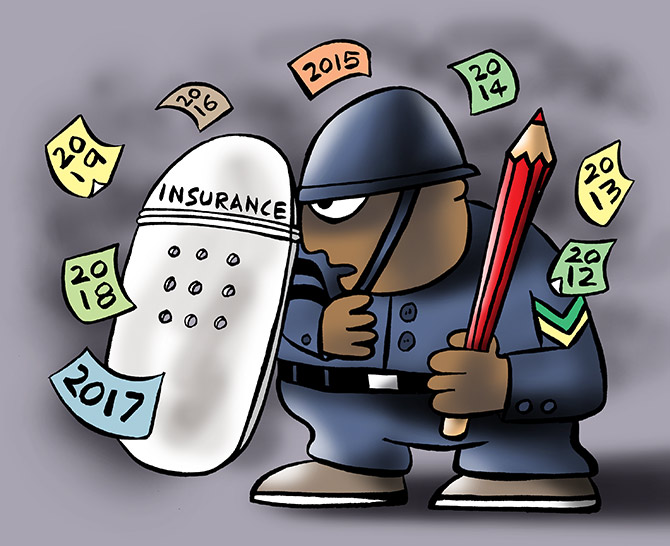 Year-end insurance review? 5 factors to watch out for