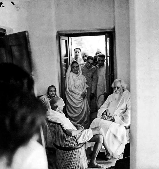 gandhi and tagore Venu govindu reviews the mahatma and the poet : letters and debates between gandhi and tagore 1915-1941 , compiled and edited by sabyasachi bhattacharya.