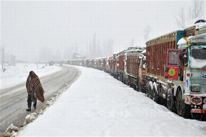 Jammu-Srinagar highway reopens for one-way traffic after 7 days