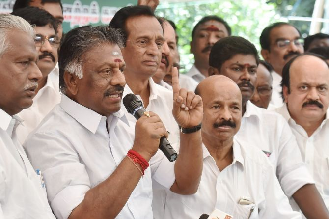 India News - Latest World & Political News - Current News Headlines in India - AIADMK merger in 'a day or two'