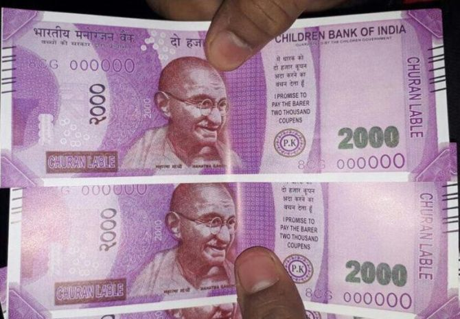 India News - Latest World & Political News - Current News Headlines in India - Fake Rs 2000 notes from 'Children Bank of India' at Delhi ATM