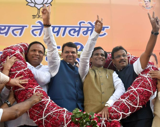 India News - Latest World & Political News - Current News Headlines in India - BMC polls: Won't ally with Congress at any cost, says Maharashtra CM Fadnavis
